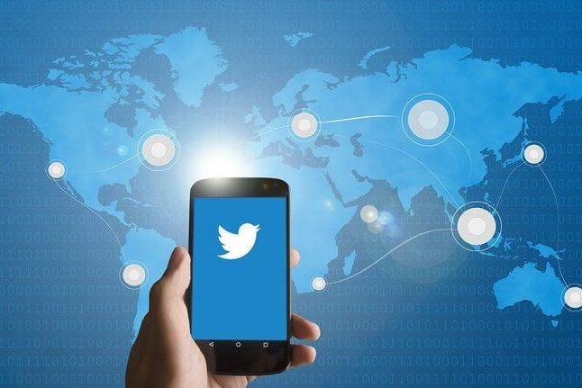 Ex-funcionários do Twitter são acusados de espionagem