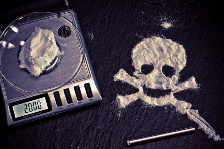 Polícia prende 4 pessoas suspeitas de venderem drogas na Dark Web